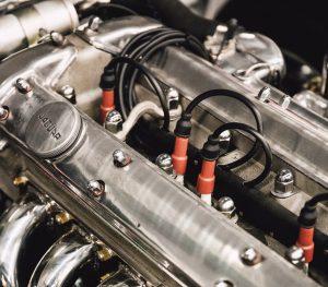 """<span class=""""title"""">イエローハットでエンジンオイルを交換してもらった CASTROL EDGE</span>"""